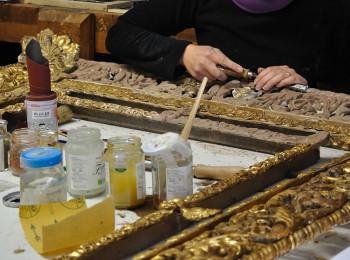restauro mobili legno milano doratura