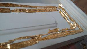 Decorazione Mobile con Foglia d'Oro