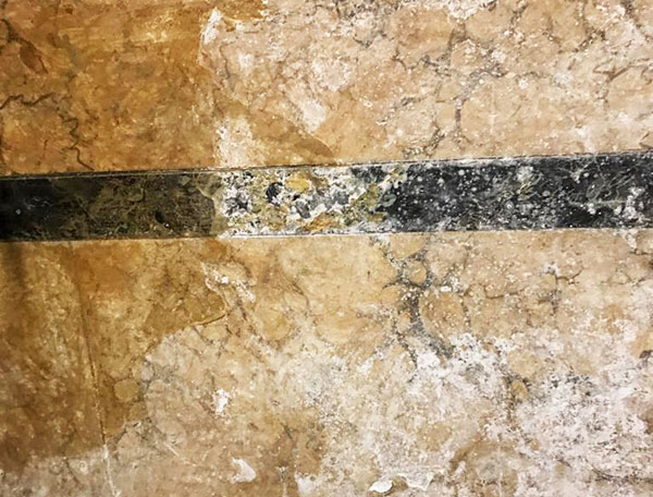 Restauro finto marmo